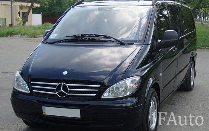 Мікроавтобус Mercedes Vito