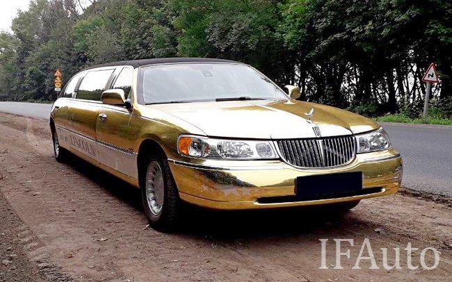Аренда Лімузин Lincoln Town Car на свадьбу Івано-Франківськ