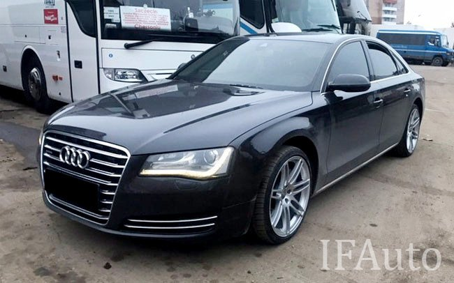 Аренда Audi A8 на свадьбу Івано-Франківськ