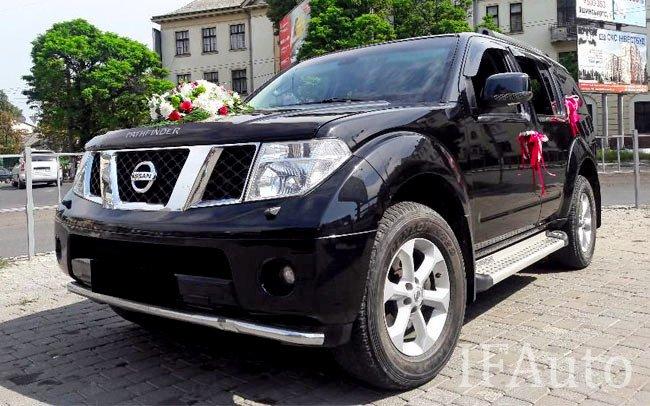 Аренда Nissan Pathfinder на свадьбу Івано-Франківськ